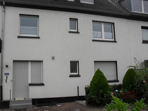 moers meerbeck gepflegtes mehrfamilienhaus kaufen immobilien co projekt krefeld. Black Bedroom Furniture Sets. Home Design Ideas