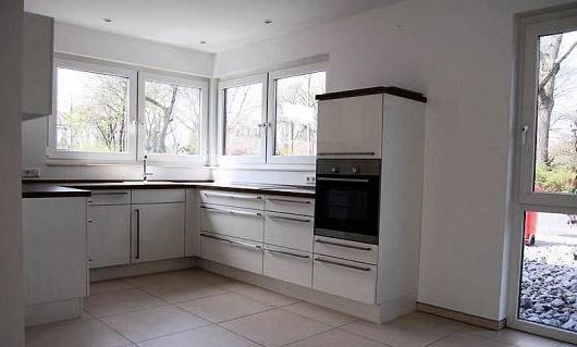 Kuche eckfenster for Gebrauchte kuchen krefeld